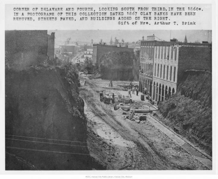 Early Kansas City builders cut streets through the bluffs overlooking the Missouri River. Courtesy of the Missouri Valley Special Collections.